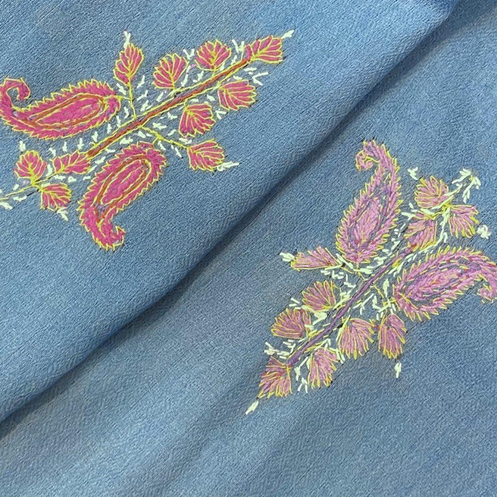 Laelia wool shawl