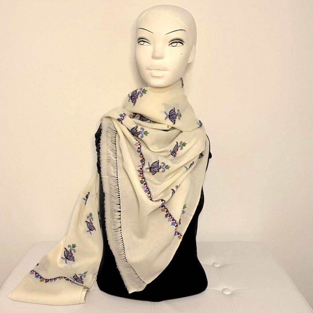 Cerie wool shawl