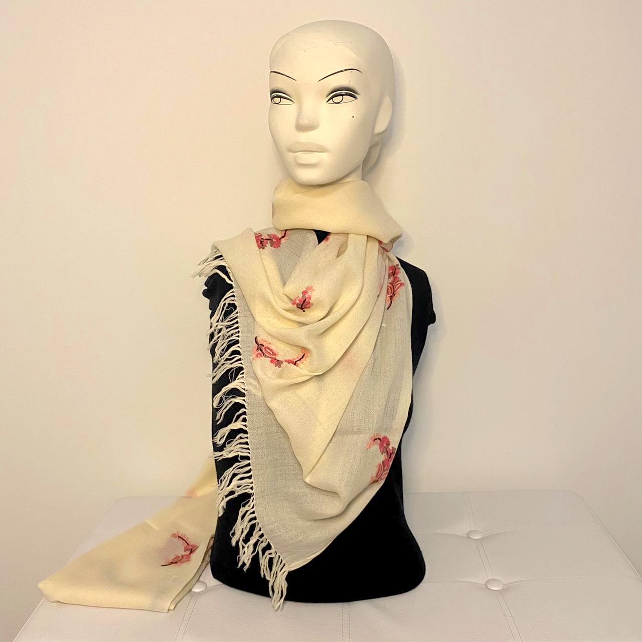Irit wool shawl